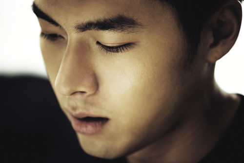 hyunbin buzz cut
